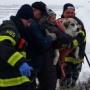 В США спасли дрейфующих собак