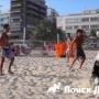 В Бразилии и собаки играют в футбол!